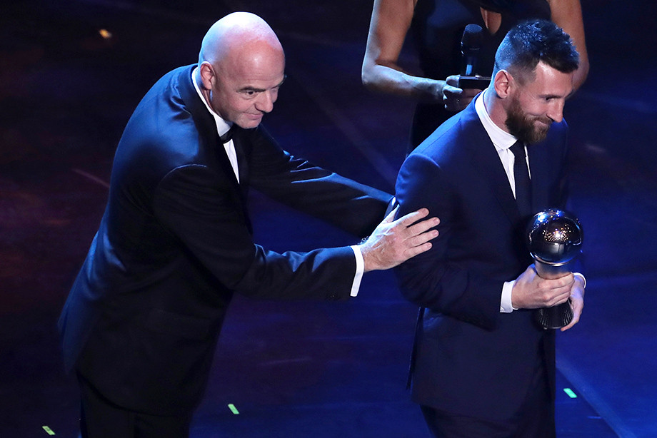 Месси лучший футболист года по версии ФИФА фото